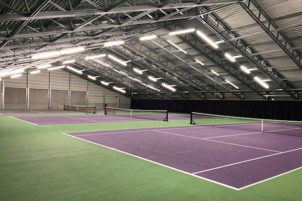 Binnen trainen in tennishal IJburg!